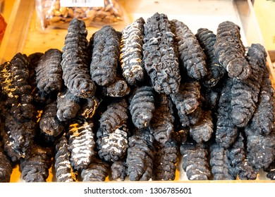 Chinese consumes dried sea cucumber for collagen, nutrients for skin