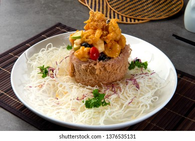 chinese crispy yam ring basket with sweet & sour prawns