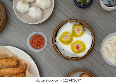chinese food dimsum siomay shoot in flat lays