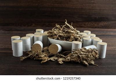Chinese medicine moxibustion moxibustion and Ai Ye