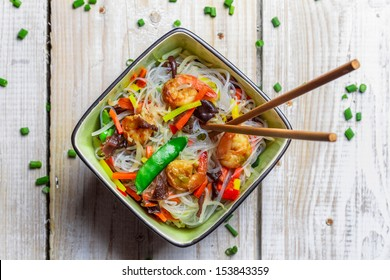 Chinese mix vegetables and rice noodles