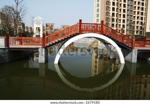 chinese moon bridge