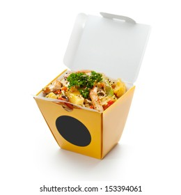 Chinese Noodle with Chicken, Vegetables and Pineapple