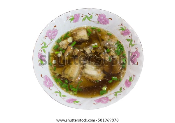 Chinese roll noodle crunchy pork soup