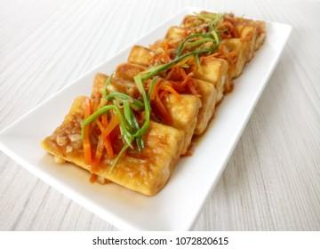 Chinese traditional dish, braised tofu