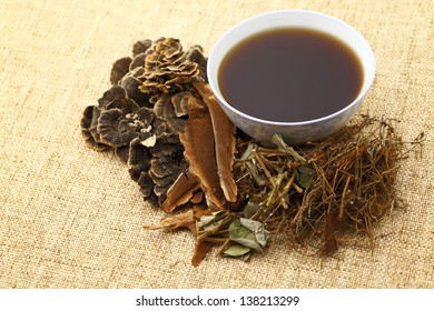 Chinese traditional herbs medicine drink