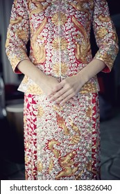 Chinese wedding dress of bride
