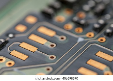Chip Capacitors and resistors mounted on a printed wiring board