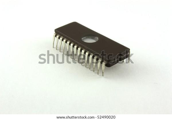 chip-computer-600w-52490020.jpg