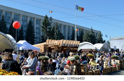 CHISINAU, MOLDOVA - OCTOBER 7, 2018: Moldova's National Wine Festival, Ziua Nationala a Vinului, held outside the Moldovan Parliament building in Chisinau with wine, music and Moldovan food