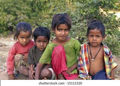 CHITTAUGARH, INDIA - NOVEMBER 14: Unidentified group of Indian street urchins. November 14, 2007 in Chittaugarh, Rajasthan, India.