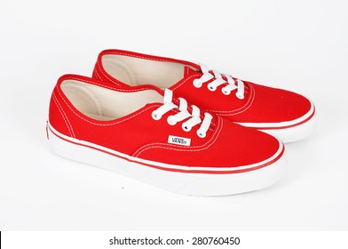 f332868a82beeb CHLUMCANY, CZECH REPUBLIC, MAY 2, 2015: Vans Authentic Red sneakers  isolated on