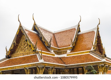 Cho Fa or Chofa finials on roof of Buddhist Temple.