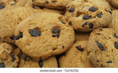 Choco chip cookies, Tasty sweet biscuit chocolate pastry, Close up