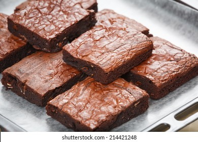 chocolae chip brownies with almond slice