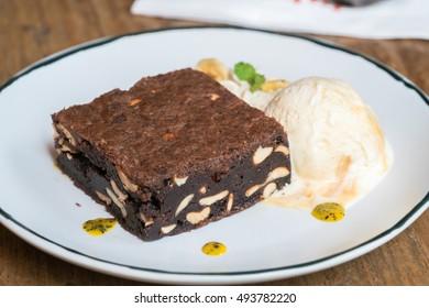 Chocolate Brownie with Vanilla Ice Cream