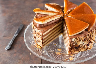 Chocolate Cake with Caramelized Top