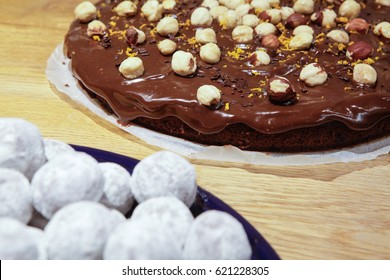 Chocolate cake with hazelnut and zest