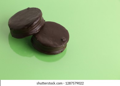Chocolate cakes , typical in Argentina. called Alfajores