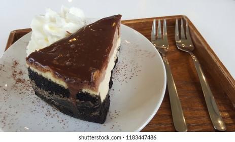 Chocolate cheese cake and whip cream
