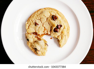 Chocolate Chip Cookie with Caramel Filling