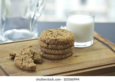 Chocolate chip cookies and a glass of milk