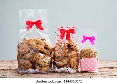 chocolate chip cookies in plastic bag packaging.