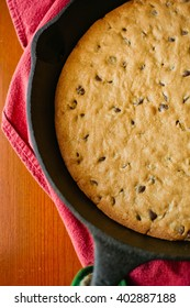 chocolate cookie in cast iron skillet