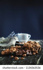 chocolate cookies with hazelnust