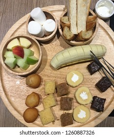 Chocolate fondue with assortments