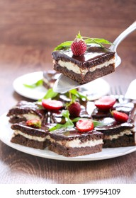 Chocolate fudge brownies with soft cheese filling