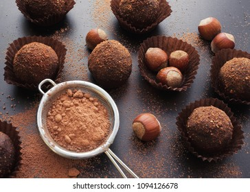 chocolate petit four with hazelnuts and cocoa