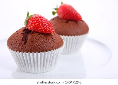Chocolate and strawberry cupcakes