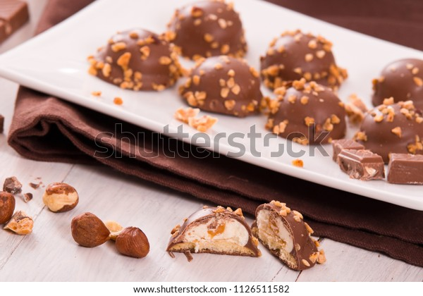 chocolate-truffles-caramel-cream-filling
