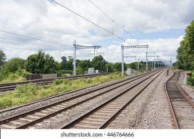 Cholsey/UK. 3rd June 2016. The four track Great Western Mainline which is currently undergoing a £5bn upgrade including electrification seen here.