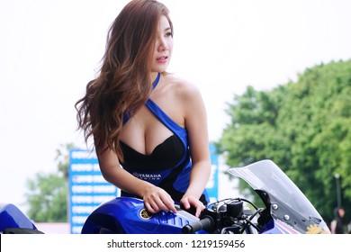 Chon Buri-Thailand October 28,2018 : Beautiful Unidentified woman presenters model at the Yamaha Championship 2018 in Bira International Circuit Pataya.