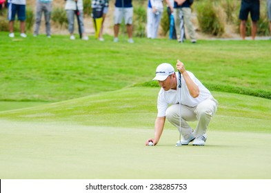 CHONBURI - DECEMBER 13 : Charlie Wi of South Korea player in Thailand Golf Championship 2014 (Tournament on the Asian Tour) at Amata Spring Country Club on December 13, 2014 in Chonburi, Thailand.