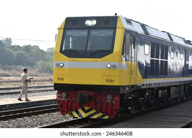CHONBURI - JANUARY 23 : The transfer ceremony of Diesel-electric locomotive to State Railway of Thailand on 23 January 2015 at Sriracha junction in Sriracha, Chonburi, Thailand