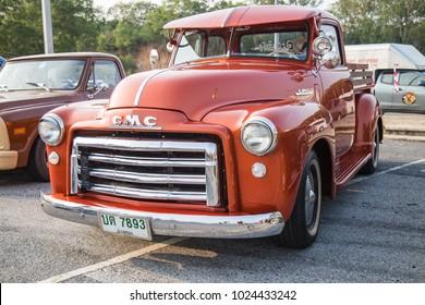 CHONBURI, THAILAND - FEBRUARY 10, 2018: The 1951 GMC Pickup Truck  parking at the car park.