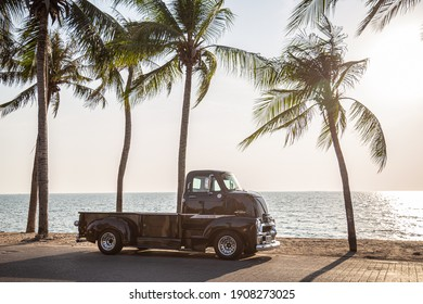 CHONBURI, THAILAND - Jan 20, 2021: The 1954 Chevrolet COE Truck parking street at the seaside.