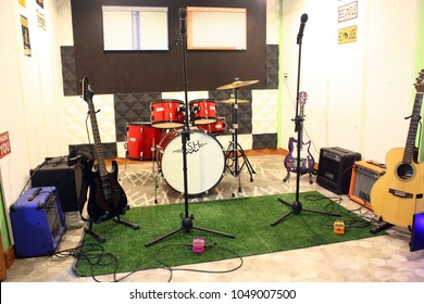 Rehearsal Room Music Images Stock Photos Vectors