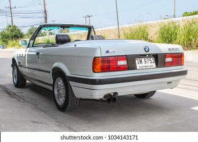 CHONBURI, THAILAND - March 8, 2016: The 1990 BMW E30 Convertible parking at the street.