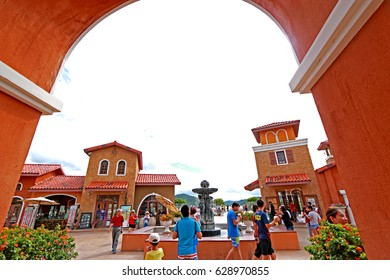 CHONBURI-THAILAND-AUGUST 23 : The Silverlake resort of the green plant, Vineyard & Greek style building for shopping on August 23, 2015 Chonburi Province, Thailand.
