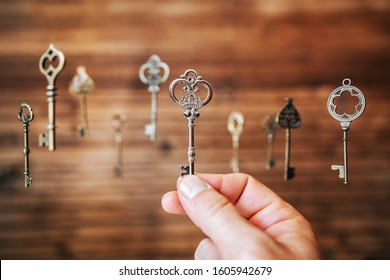 Choosing the right key, metaphorical to make right decisions
