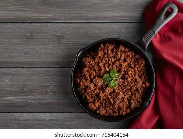 chorizo with red napkin