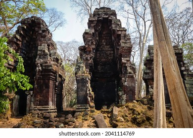 Chrap Temple is one of many temple at Koh Ker. Khmer Ancient Temple at Preah Vihear, Cambodia. The Sanstone Temple in the forest.  - Shutterstock ID 2041114769
