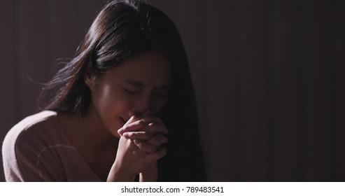 Christian women praying