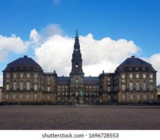 Christiansborg Slot(Palace) Kopenhagen Denmark Kopenhagen amazing historic scandinavia architecture landmark