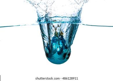 Christmas ball water splash