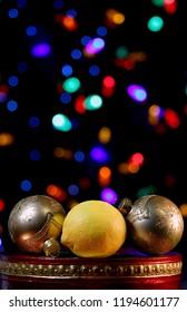 Christmas Balls with Lemon Surprise